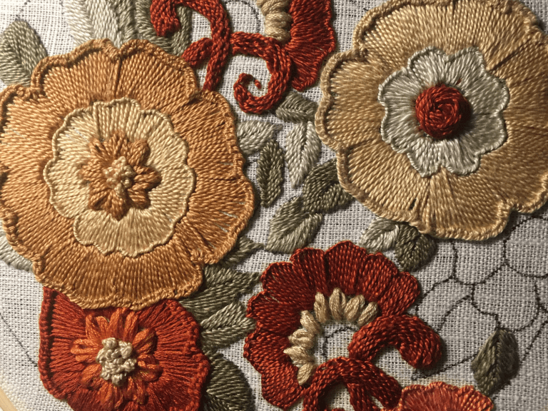 broderie relief