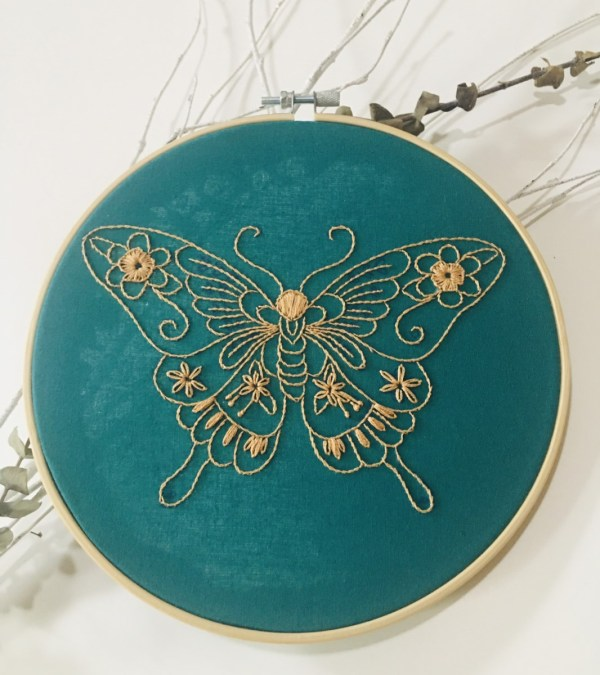 broderie papillon image principale