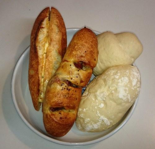 リリーのライダーズカフェ 緑地公園 むぎパン