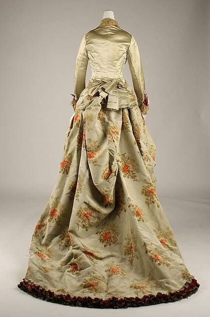 Day Dress 1880_4