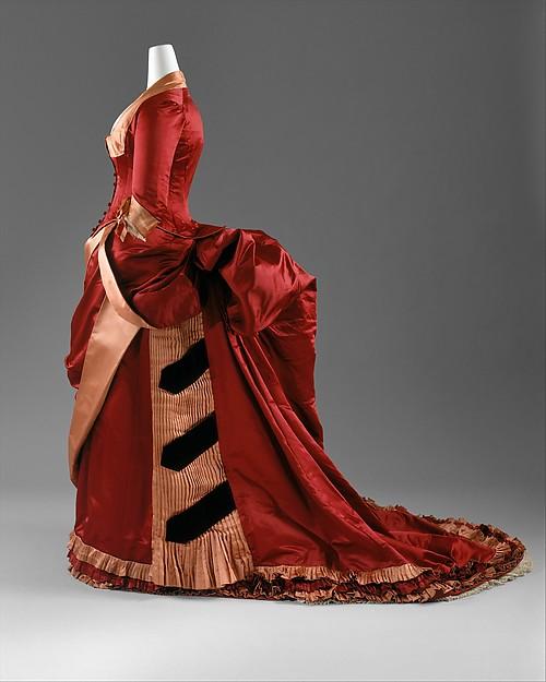 Evening Dress, American or European, c. 1884 - 1886, silk; The Metropolitan Museum of Art (C.I.63.23.3a, b)