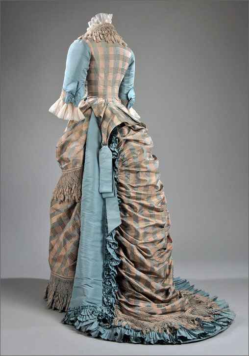 Day Dress, c. 1873; McCord Museum (M20277.1-2)
