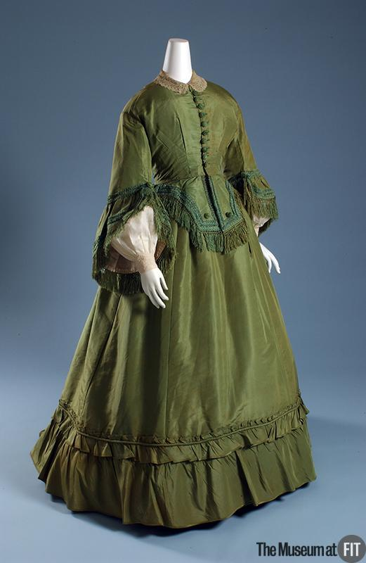 Afternnon Dress 1865