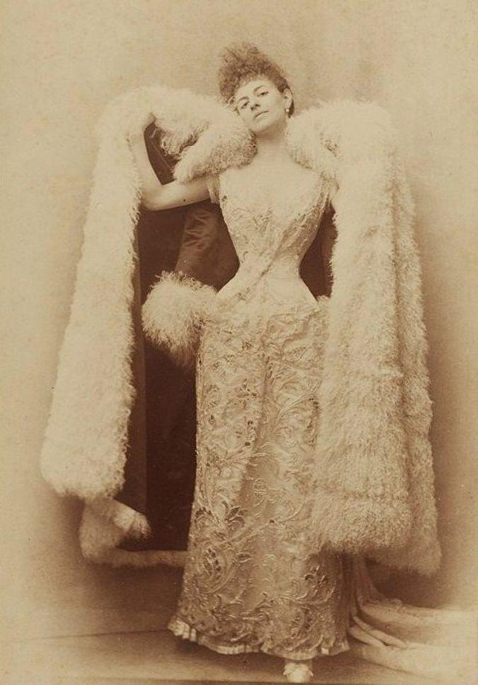 Élisabeth_de_Caraman-Chimay_(1860-1952)_D