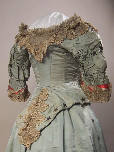 Reception Dress 1880 - 1882 - Back