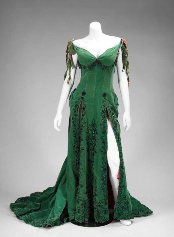 Marilyn Monroe_Emerald Dress_River of No Return1