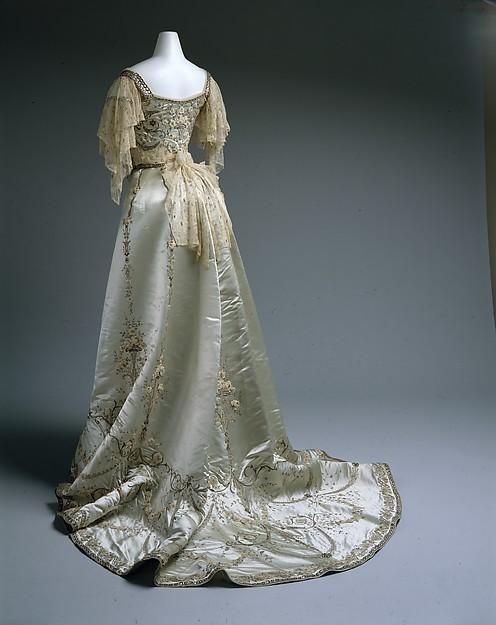 Worth Evening Dress Ball Gown c. 1900 - 1905