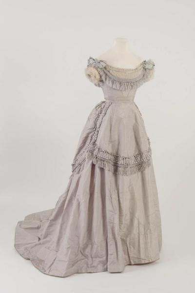 Evening Dress c. 1871 Fashion Museum Bath