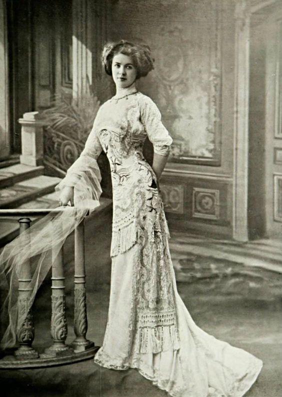 1909 Margaine Lacroix