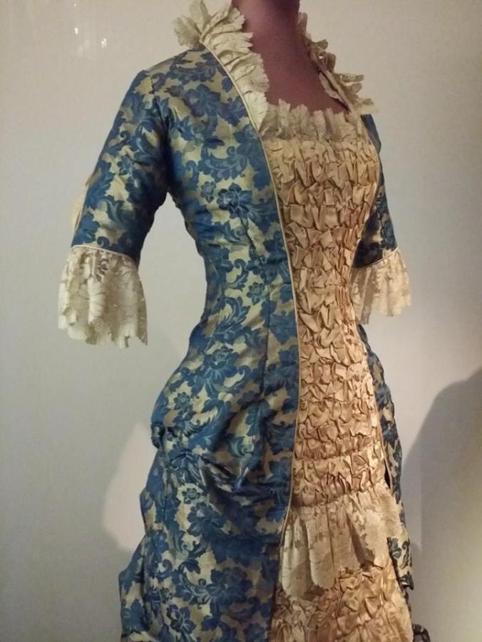 Day Dress Princess Line V&A 1870 - 1880