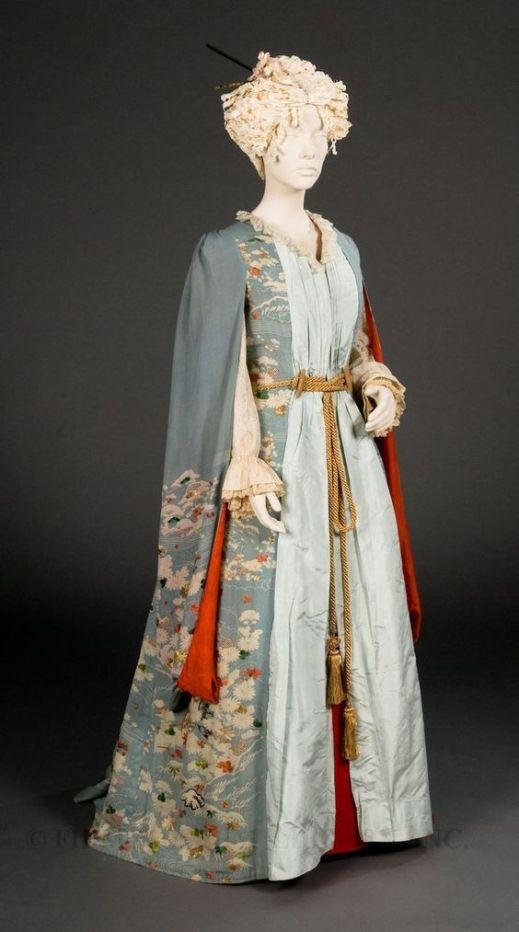 Tea Gown c. 1885