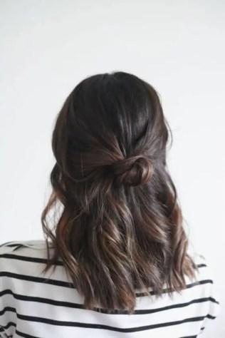 cheveux longs bruns