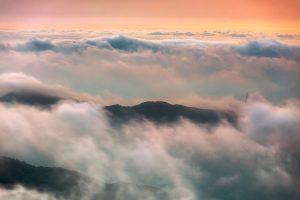 clouds-2517648_1920