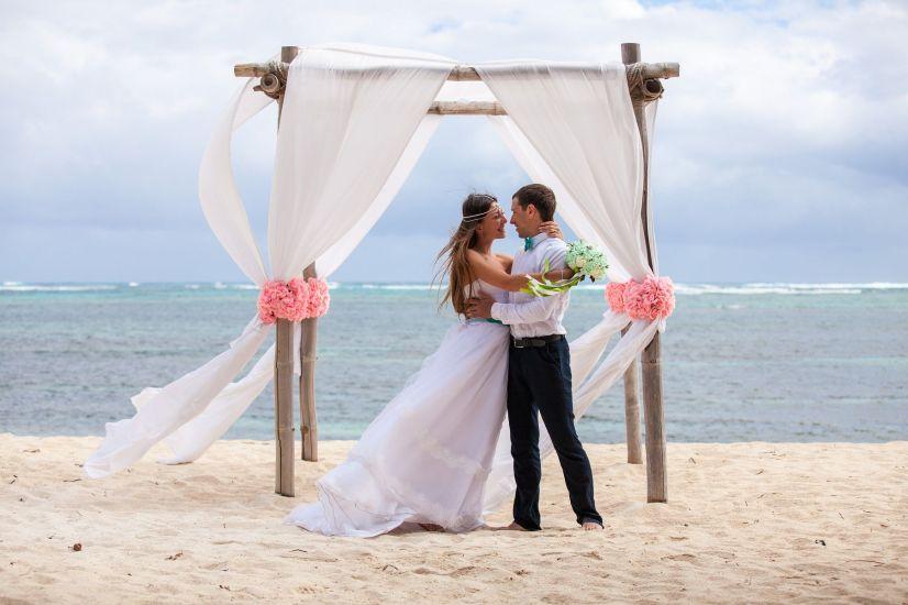 Come organizzare il matrimonio in spiaggia