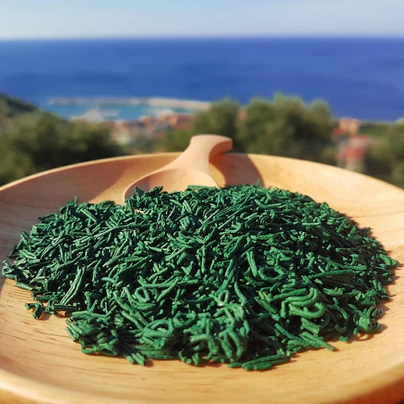microalga spirulina superfood