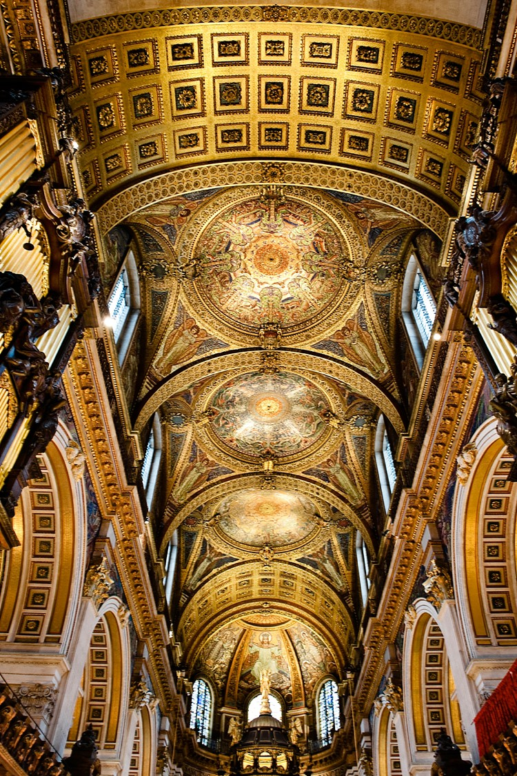 St Pauls Cathedral  inside and out  London Wedding