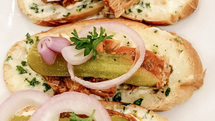 Fish Sandwiches – Бутерброды с шпротами