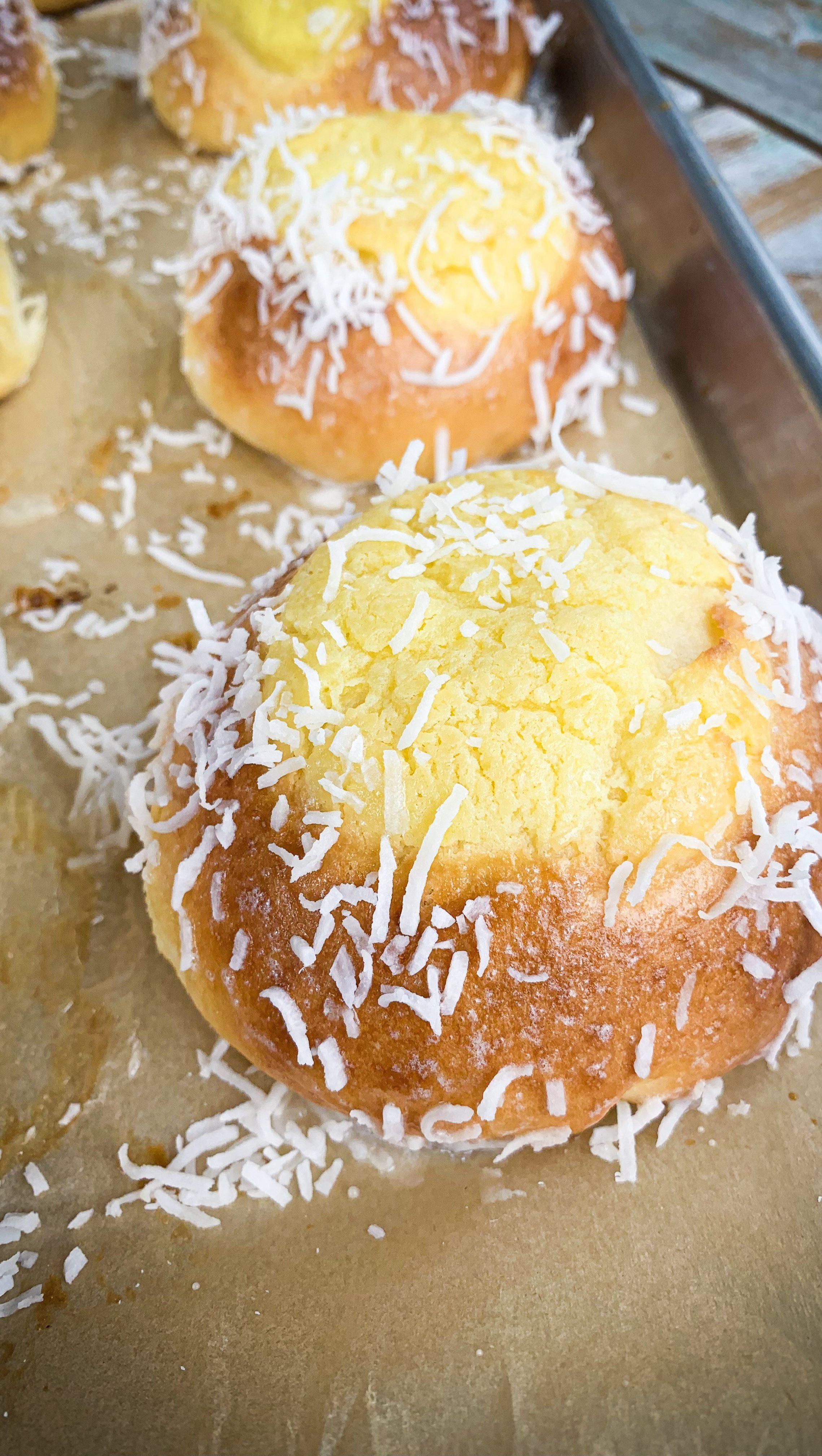Custard and Coconut Buns
