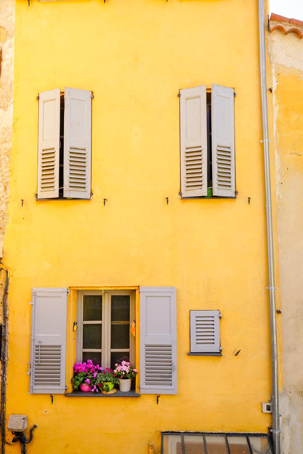 Windows in Grasse France