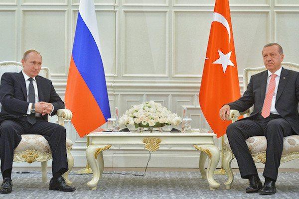Image Russian President Vladimir Putin (L) and Turkish President Recep Erdogan (REUTERS/Alexei Druzhinin/RIA)