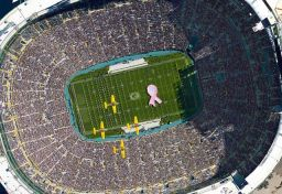 greenbay-packers-flyover