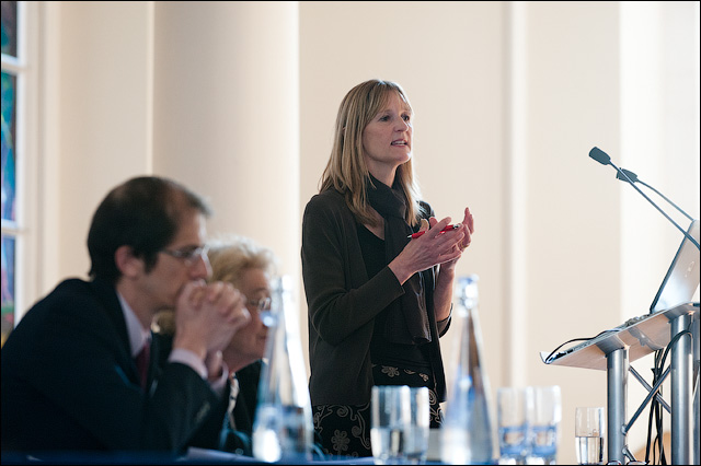 Professor Susan Lea chairing the Event for ISVAs