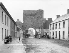 Blossom Gate, Kilmallock, Co. Limerick (July 1909) -Lawrence Collection