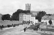 Mathew Bridge, Limerick (c. 1880) - Lawrence Collection