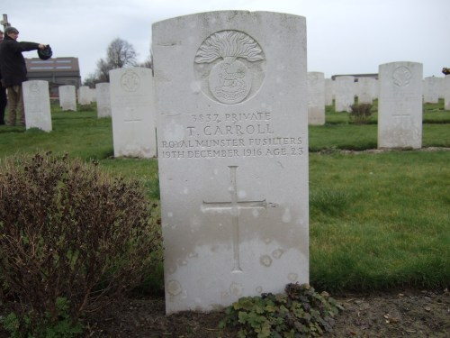 G 4. Private Timothy Carroll (3827) 1st. Bn. Royal Munster Fusiliers (Photo by John Cusack at Pond Farm Cemetery)