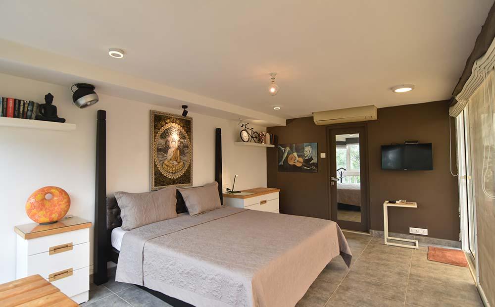 Goa-Artsy Luxury Penthouse in Candolim 5