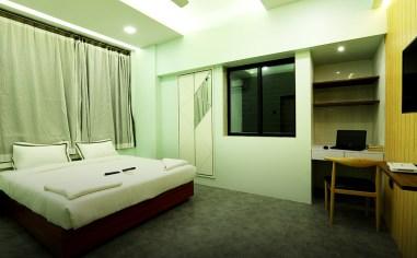 Luxury-5-Bedroom-in-Dadar-near-station-gallery-15