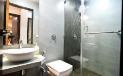 Luxury-Pool-And-Deck-Villa-1