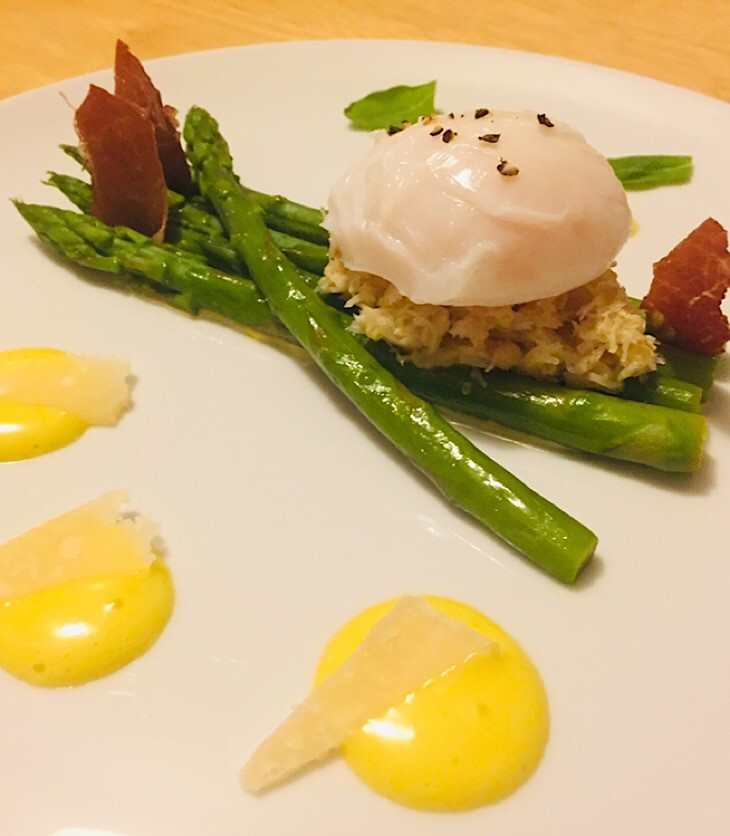 Asparagus with a crab and poached duck egg on top. Served with homemade mayonnaise