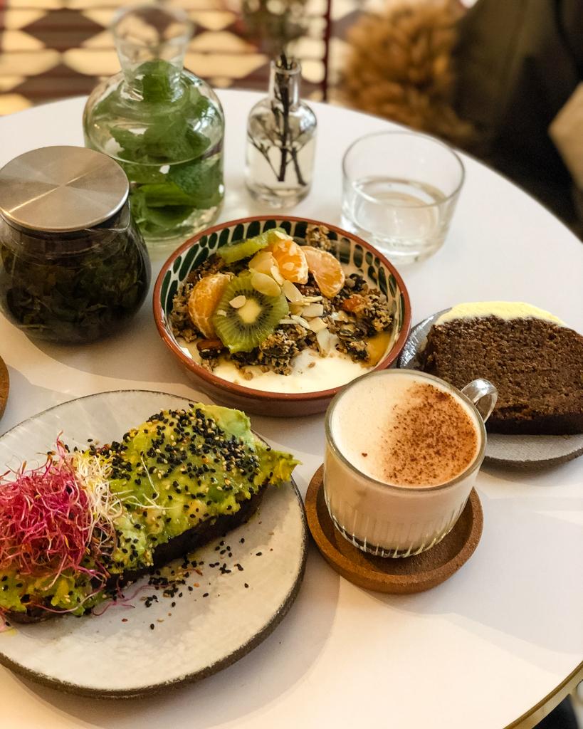 Brunch Cafe Berry, Paris