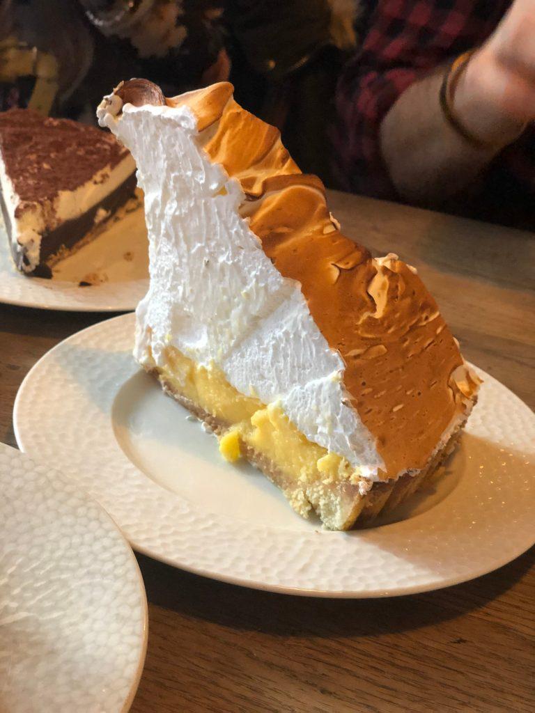 Lemon meringue pie of Le Loir dans la Théière - Paris