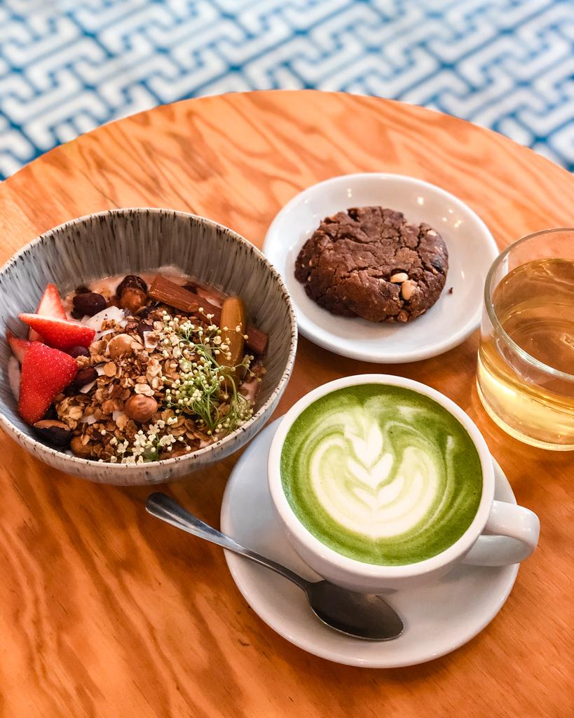 Breakfast in Ob-La-Di, Paris