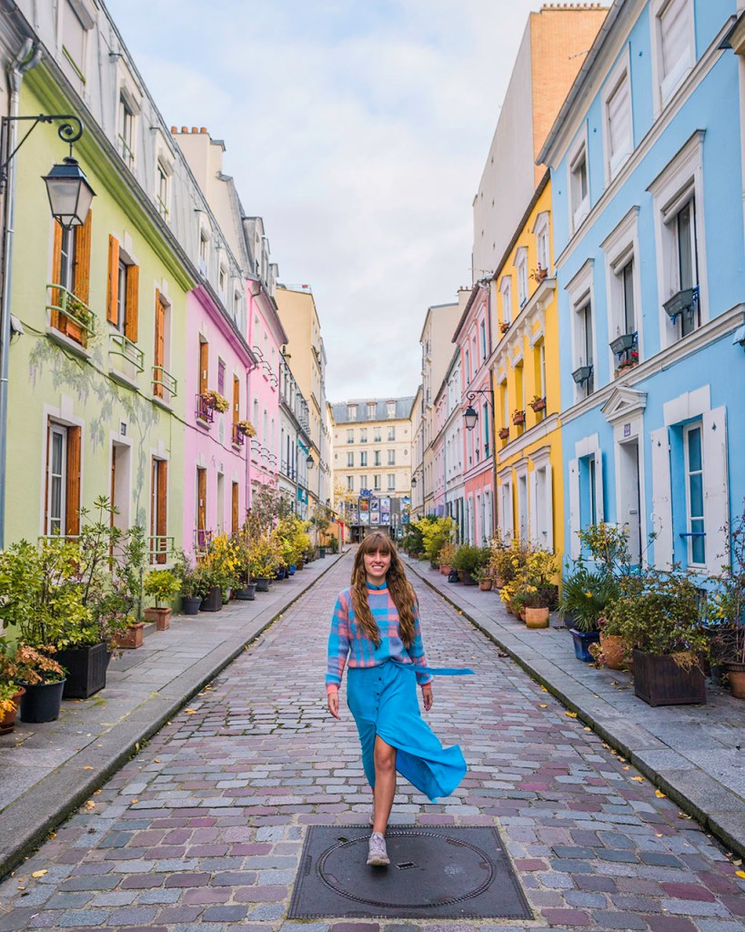 Photoshoot in rue Cremieux - Paris