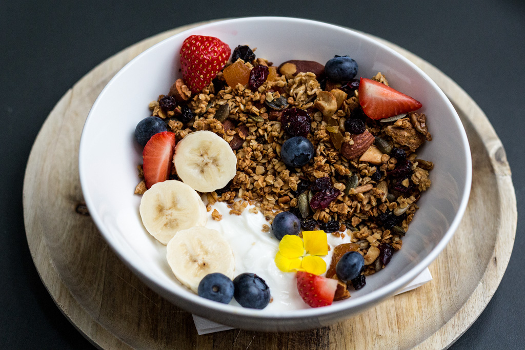 Granola bowl at Bakers and Roasters. Best breakfast and brunch in Amsterdam.