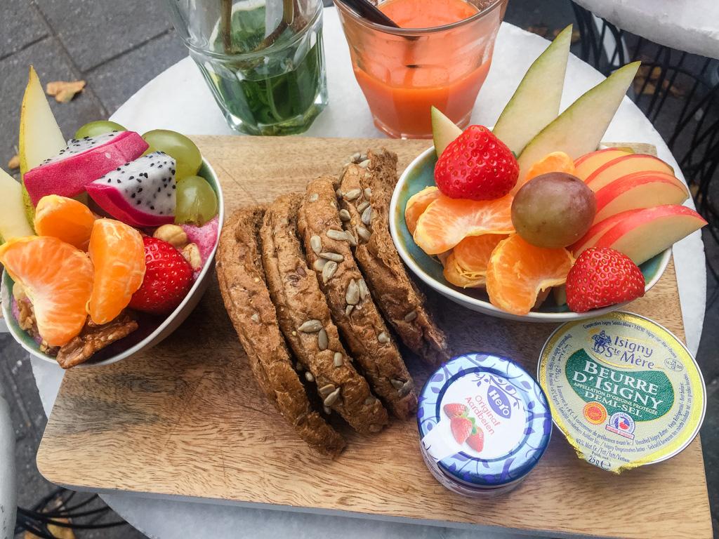Breakfast at Corner Bakery. Best breakfast and brunch in Amsterdam.