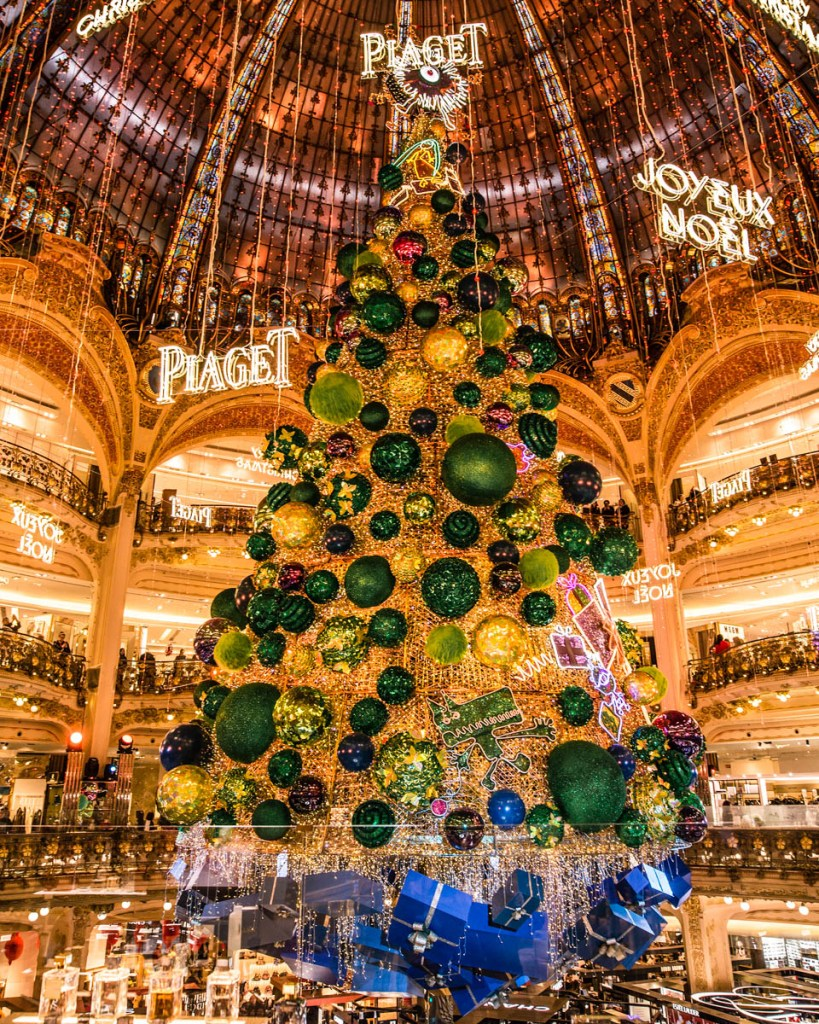 Galeries Lafayette - Christmas in Paris