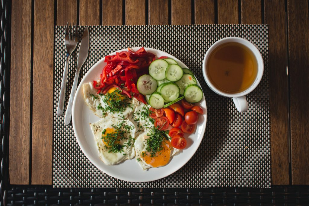 2 MINUTE TIP: HOW TO START EATING HEALTHIER NOW