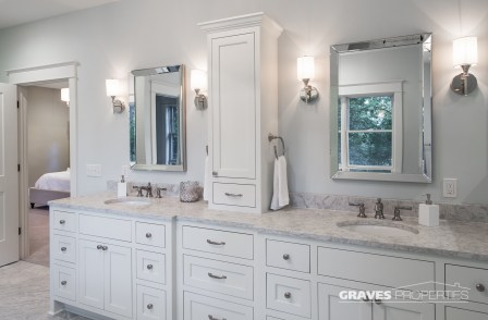 Picture of Master Bathroom