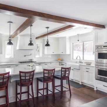 photo white kitchen