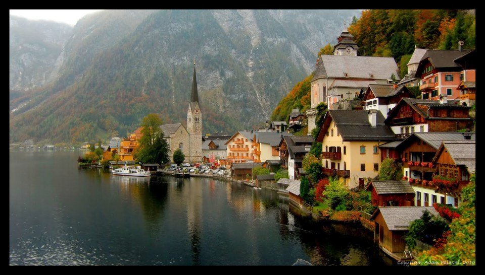hallstatt2 1024x582 - 7 BEST EUROPEAN DESTINATIONS TO VISIT IN AUTUMN