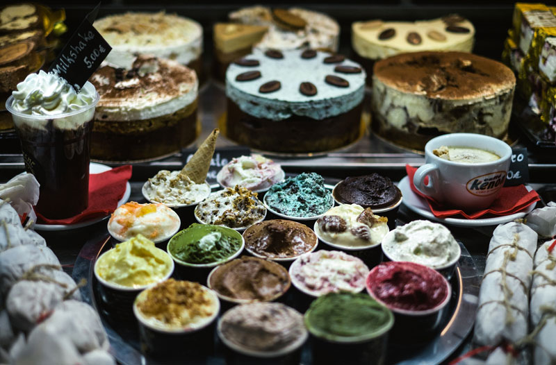 e greco 800x526 - THE BEST SWEET SPOTS IN ATHENS