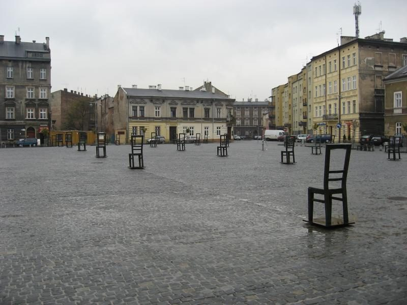 stulia 800x600 - THE ULTIMATE GUIDE TO TRAVEL TO POLAND ON A BUDGET; PART 1 - KRAKOW ON A BUDGET
