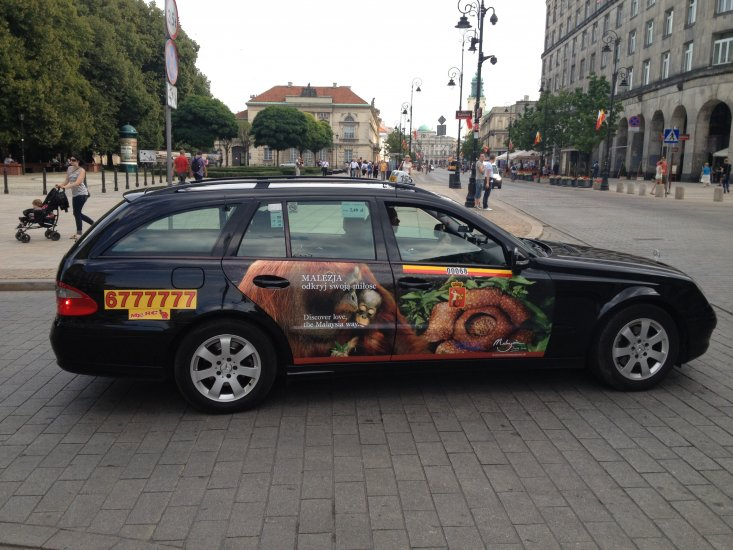 taxi - THE ULTIMATE GUIDE TO TRAVEL TO POLAND ON A BUDGET; PART 2 - WARSAW ON A BUDGET