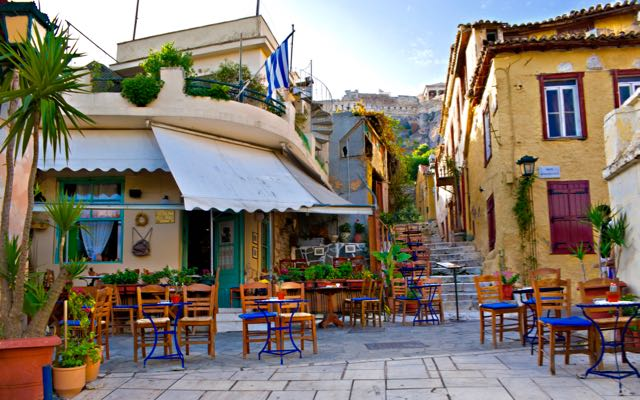 plaka - WHERE TO STAY IN ATHENS - THE ULTIMATE GUIDE FOR THE BEST ACCOMMODATION AREA