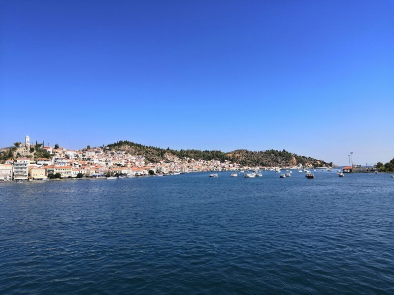 "Poros 800x600 - TOP 10 ""UNIQUE"" SMALL GREEK ISLANDS WORTH VISITING"