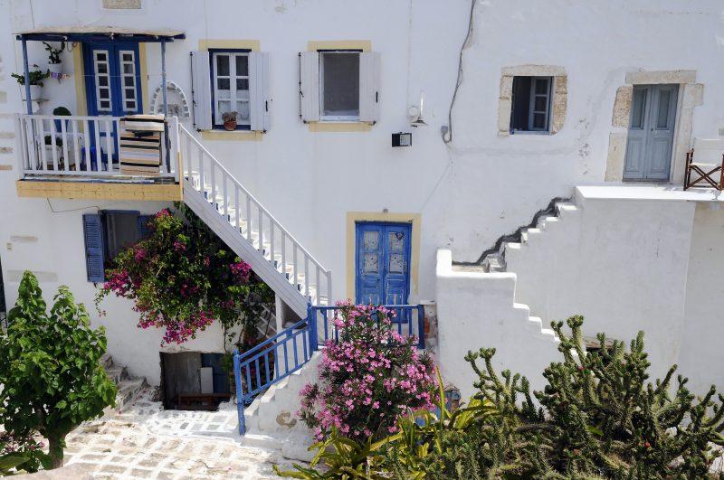 "antiparos 2 800x531 - TOP 10 ""UNIQUE"" SMALL GREEK ISLANDS WORTH VISITING"